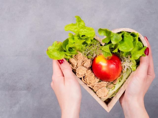 Аюрведа: саттвичная (йогическая) диета и 6 вкусов