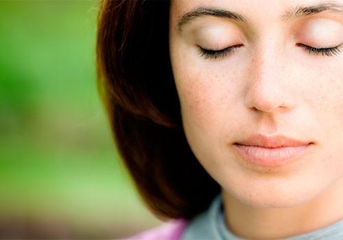 Восьмая сутра из Вигьяна Бхайрава Тантры: «Наблюдай точку поворота с преданностью»