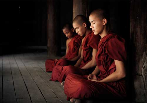 Четвертая сутра из Вигьяна-бхайрава-тантры: «Осознай момент остановки дыхания»