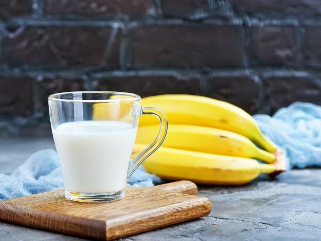 Несовместимые продукты, или почему нельзя смешивать банан с молоком?